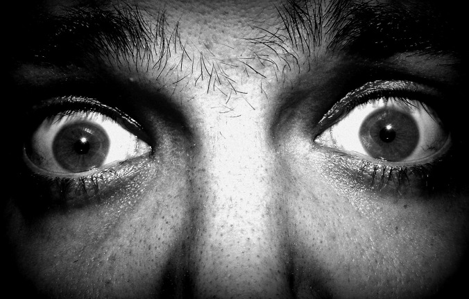 Fear graphic strah-oči